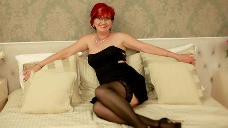 RedheadAlana | www.overcum.me | Overcum image8
