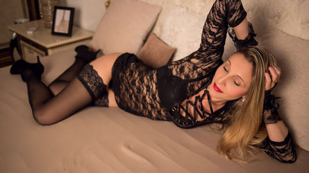 JanetMoore   www.livechat2100.com   Livechat2100 image24