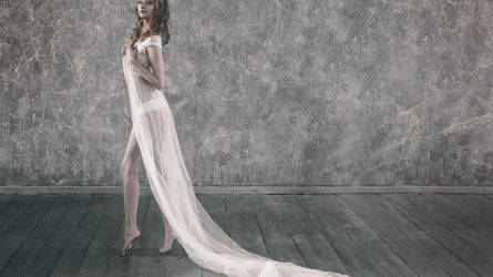 AmandaHotBody | www.free-strip.com | Free-strip image5