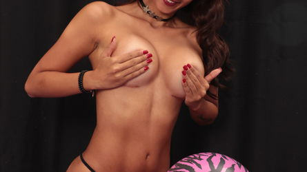 MollyA | www.colombianwebcams.com | Colombianwebcams image3